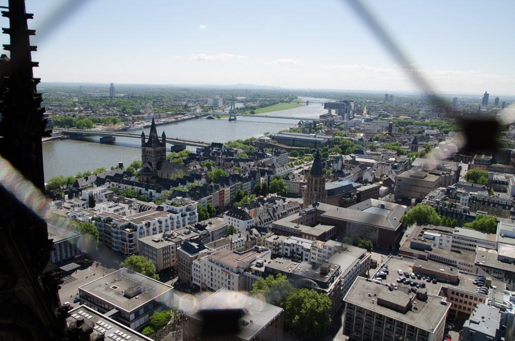 Köln und die Kirmes von oben